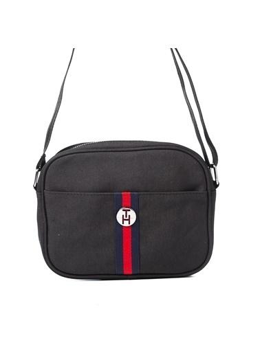 TH Bags TH Bags 2THCW2020015 Suni Deri Tek Bölmeli Kadın Sırt Çantası Siyah